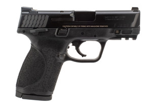 40 SW M&P M2.0 Pistol from Smith & Wesson includes sights