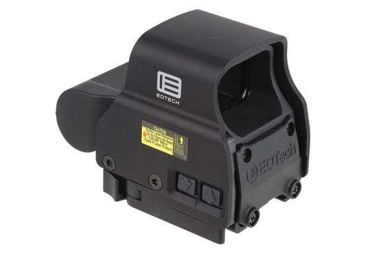 The EOTech holographic red dot sight EXPS2-0 comes with an integrated picatinny rail quick detach mount
