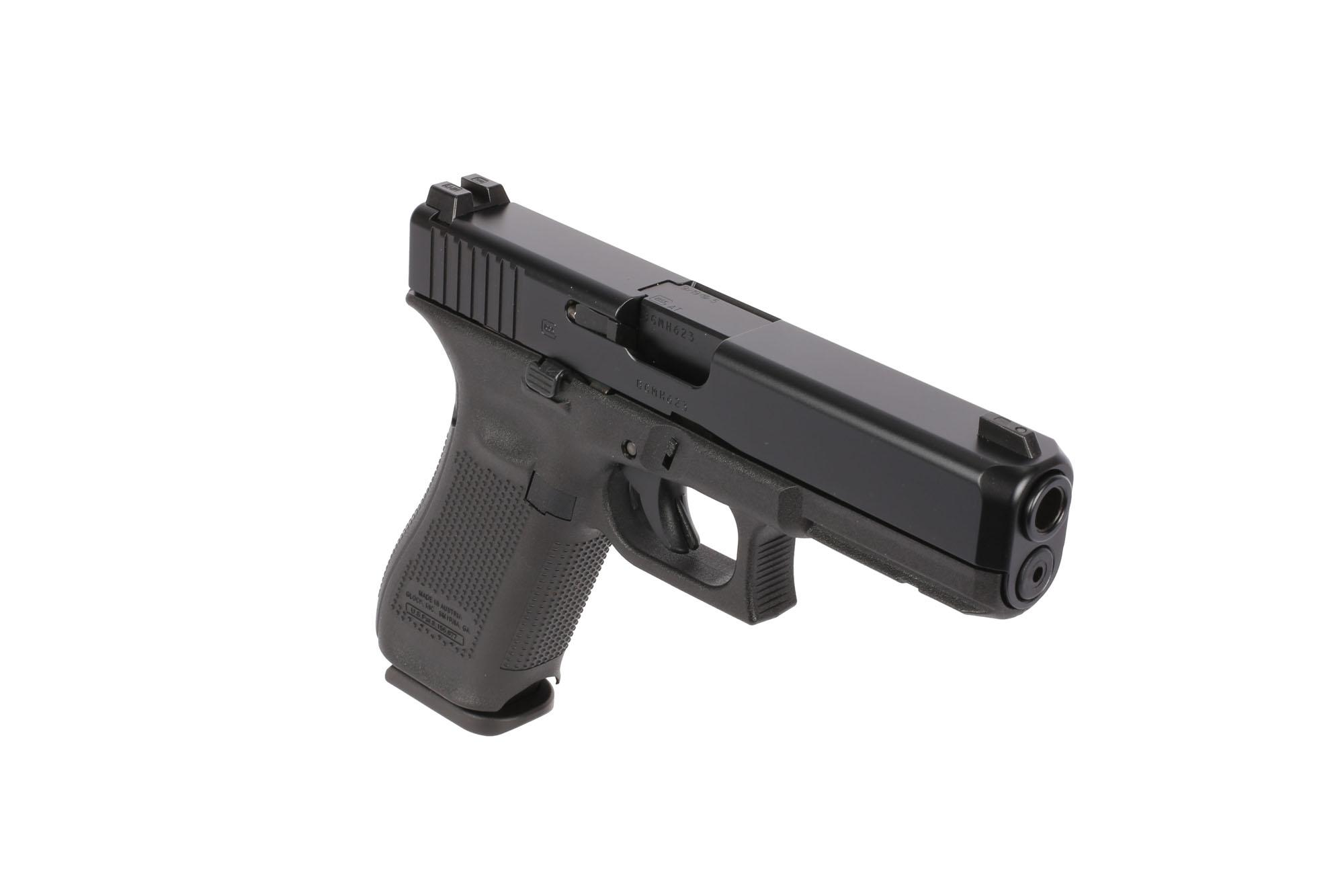 glock g17 gen5 9mm full size pistol 17 round night sights