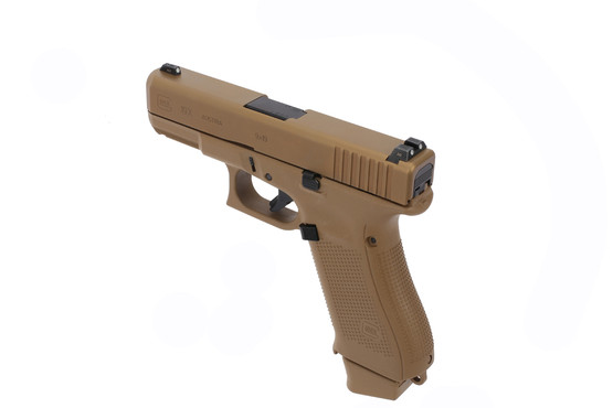 The Glock 19x Gen 5 features a reversible magazine release