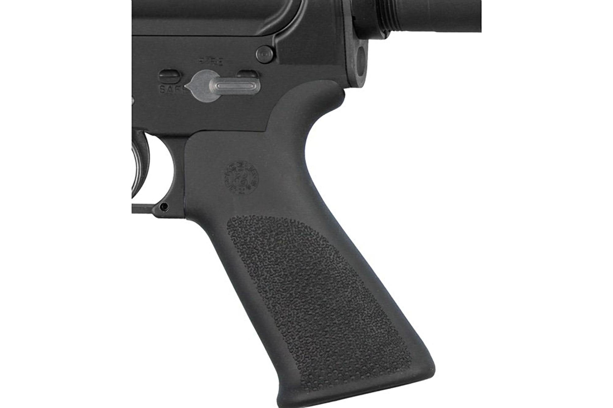 Hogue AR-15 OverMolded Pistol Grip - Beaver Tail - No Finger Grooves - Black
