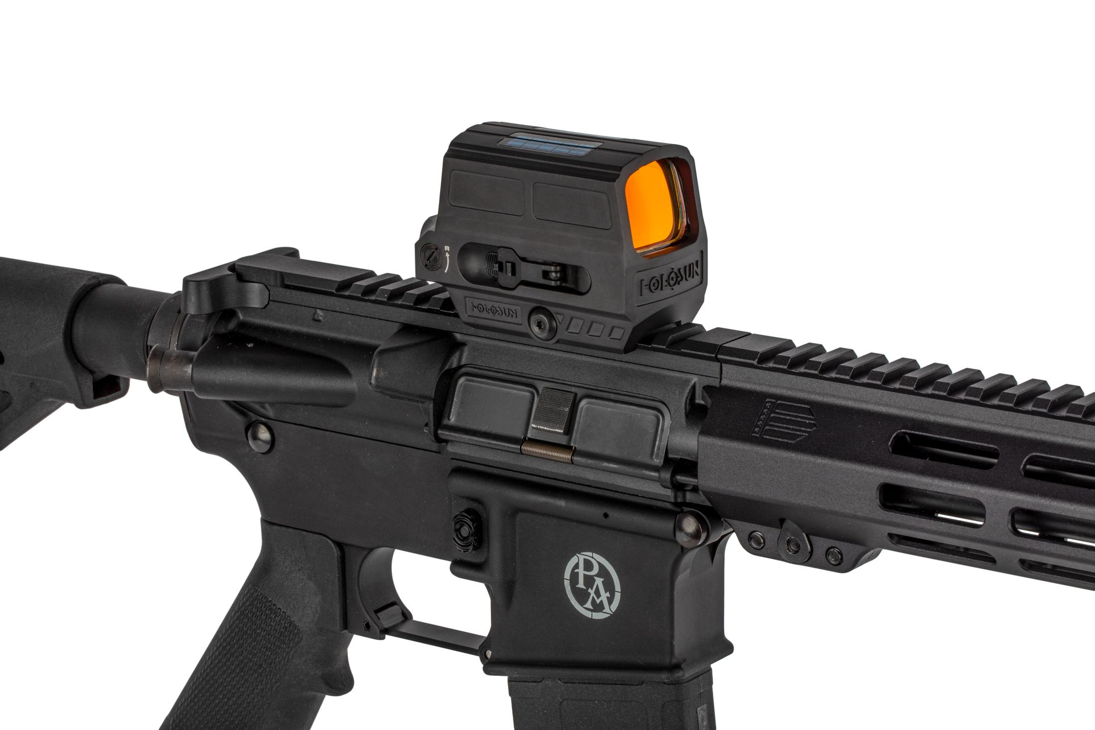 The Holosun HS512C optic features an integrated picatinny rail mount and a fully anodized aluminum construction