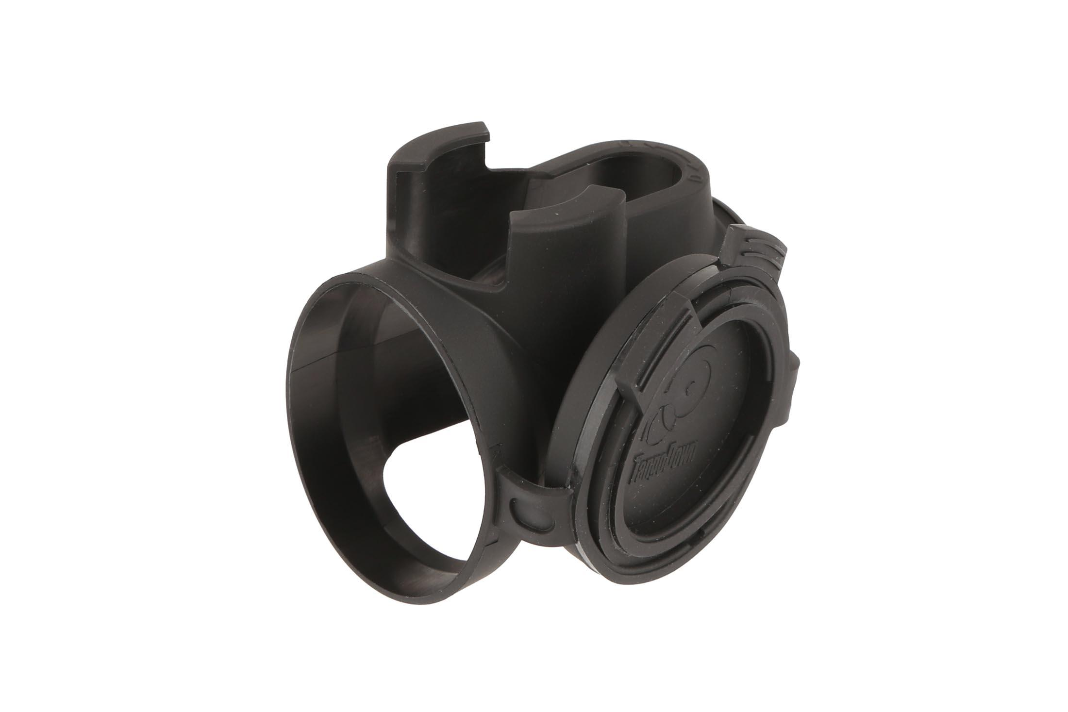 The Tango Down iO Trijicon MRO lens cover snap together to stay out of the way while shooting