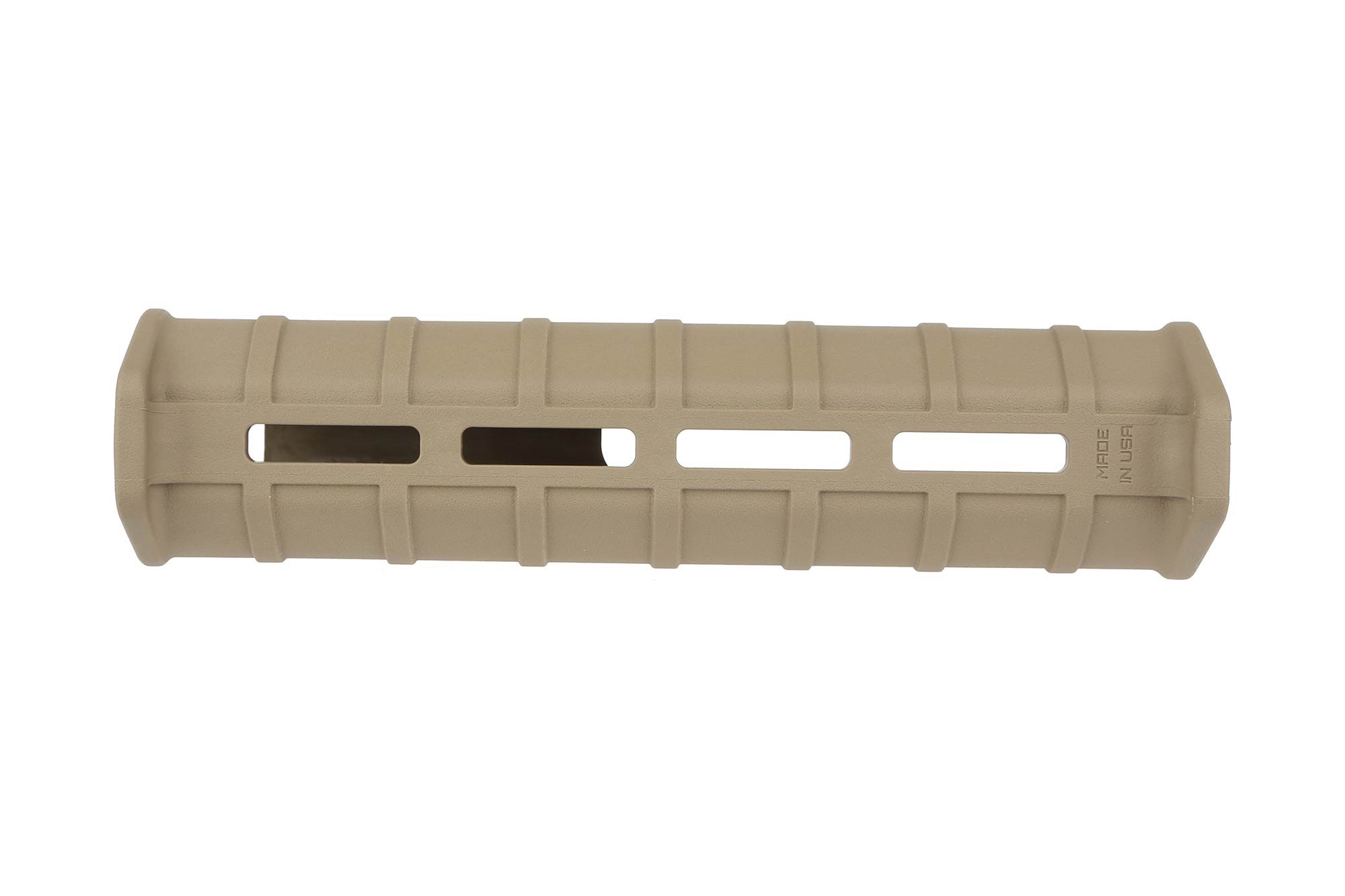 The Magpul Mossberg 590 MOE forend flat dark earth has front and rear hand stops