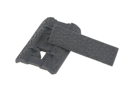 The Type 2 Magpul rail cover M-LOK comes in two pieces, so you can mix and match colors