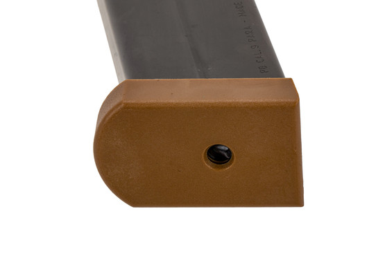 Beretta 17-round sand resistant M9A3 magazine for 9mm with a tan base plate.