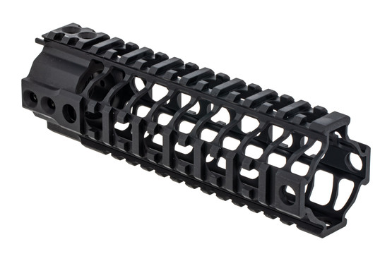 Spikes Tactical SAR3 Lightweight quadrail AR15 handguard is 7 inches long