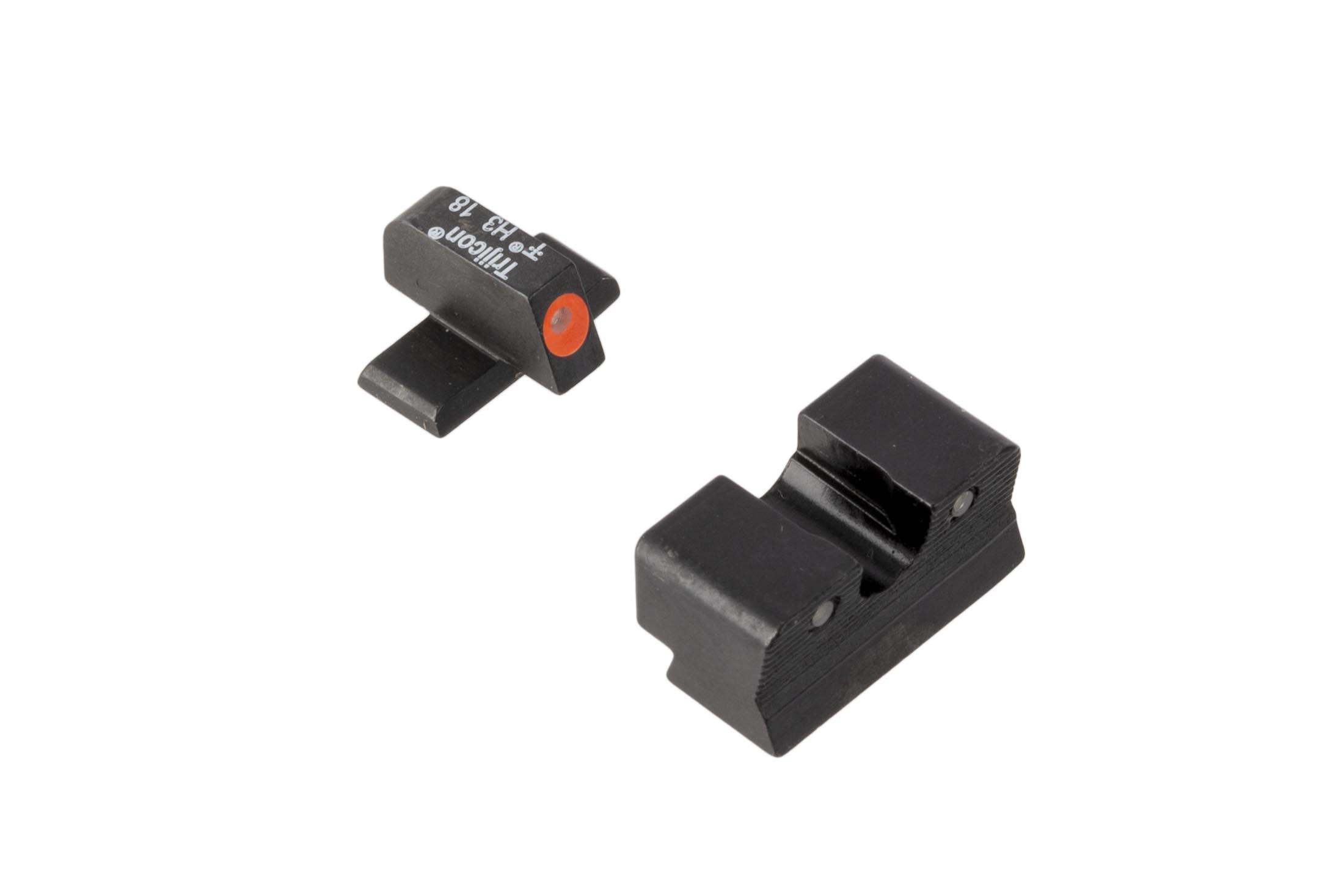 Trijicon HD XR Springfield XDs night sights feature a blacked out rear sight with wide U-notch and hi-vis orange front sight with tritium inserts.