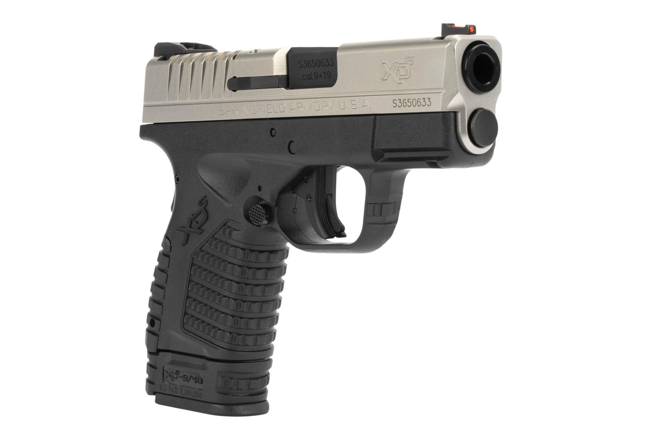 The Springfield Armory XD-S is a 9mm Sub Compact 8 round Handgun with a 3.3 inch Barrel and Bi-Tone finish