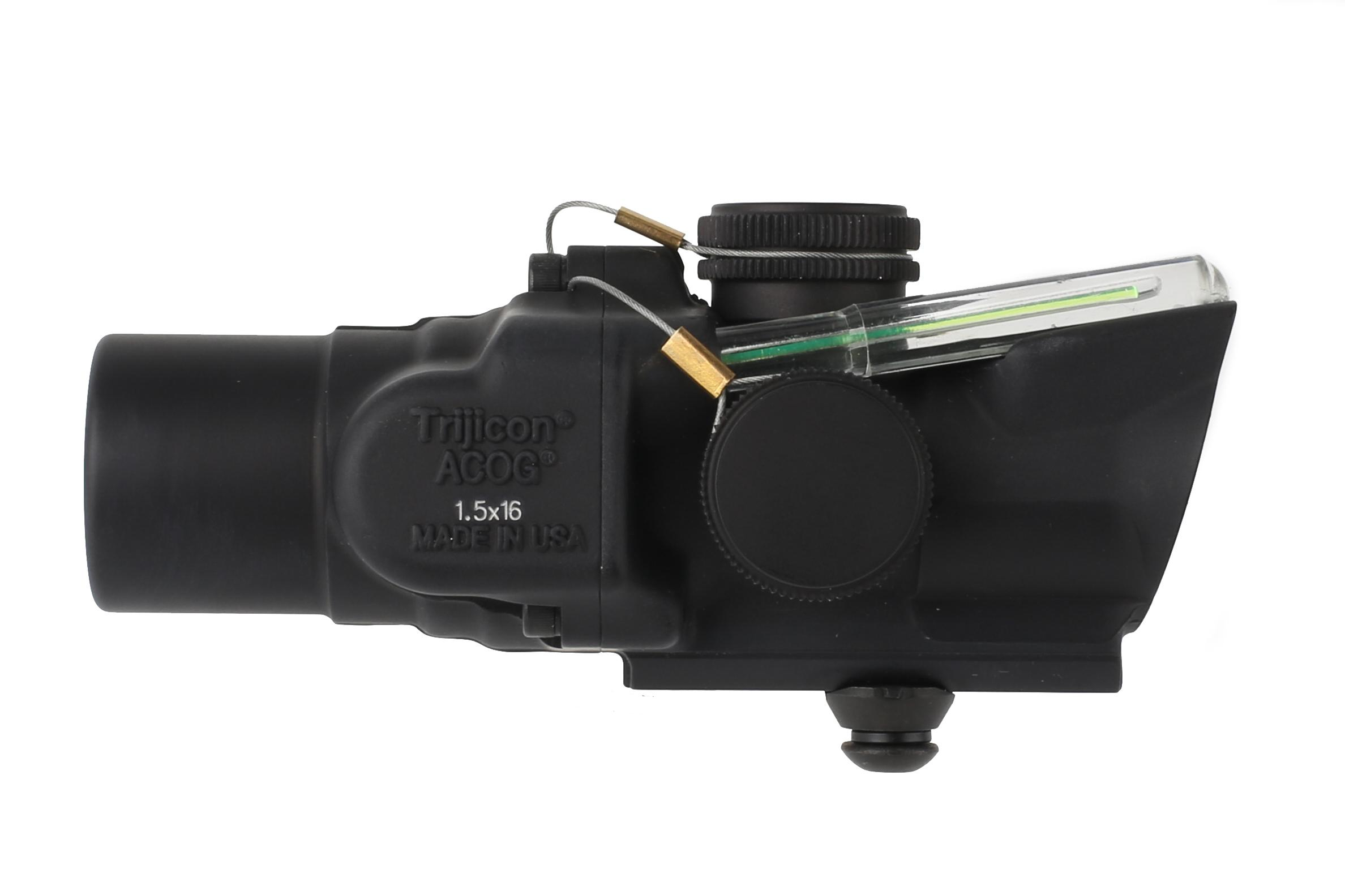 Trijicon ACOG 1.5x16S low with ACSS CQB-M5 reticle is a compact prism scope with exceptional glass clarity and green illumination