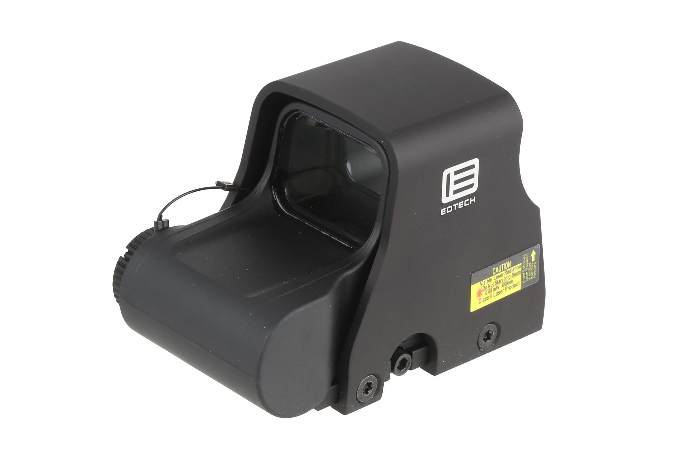 The Eotech XPS2-2 hws sight features a red dot and circle reticle